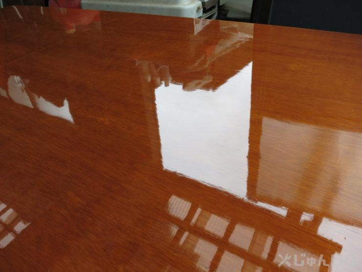 磨き作業前の天板のアップ